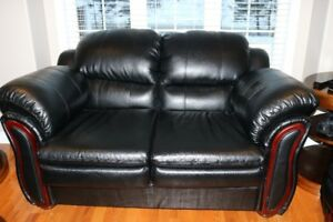 COUCH/LOVESEAT PRICED TO SELL
