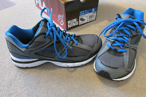 Brand new men's Fila running shoes with box - size 9