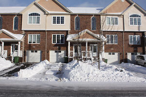 Fabulous 2 storey townhouse in sought after Ravines