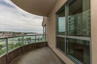 Luxurious 12th floor Condo For Sale in Barrie