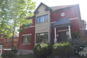 Spacious Townhouse for rent in Pointe-Claire, available Aug 1st!