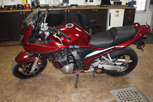 Suzuki Bandit 1200S Almost Brand new