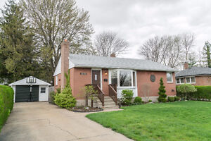 3125 WOODLAWN, WINDSOR - OPEN HOUSE SUN.,APRIL 30th 1-3PM