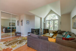 Beautiful fully furnished 2 bedroom condo in st. Lambert