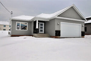 New Bungalow for sale in Grove Hamlet! 192 O'Neill, Moncton