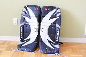 Goalie pads 30 inches