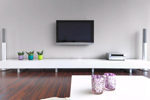Wall mount tv 40$ , fixation television au mur