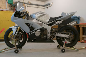 2004 ZX6RR TRACK BIKE for sale