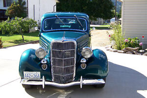 1935 FORD 2DR