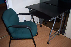 Computer Desk with chair / delivery