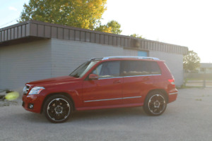 2010 Mercedes-Benz GLK 350 low kms