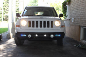 2015 JEEP HIGH ALTITUDE AWD (4X4) avec 29500 km.