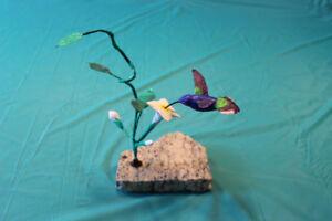 sculpture en bois de colibri