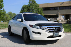2010 Honda Accord Crosstour: serviced, detailed, on warranty!
