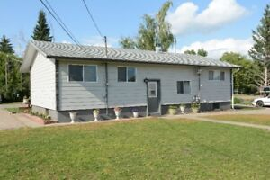Family Bungalow with 5 Bedrooms For Sale in Nipawin