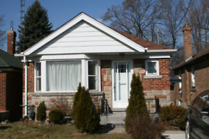 Two Bed Room House In Beaches Area (East York)
