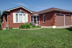 Well maintained bungalow for sale in Orillia's north ward
