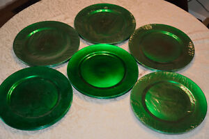 Green Charger Plates. Wedding  4, 22, 30th or 55th anniversary