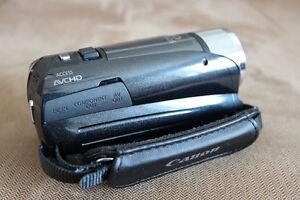 Canon Vixia HF R21 Camcorder