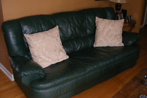 Hunter Green Leather Chesterfield