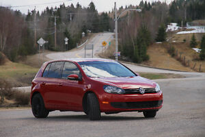 2012 Volkswagen Golf Rouge