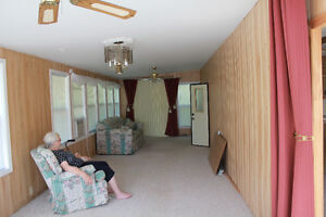 Wildwood By The Lake, Morpeth Ontario/Trailer & Lot for Sale