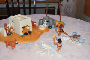 Playmobil – cave men set - OPEN FOR PACKAGE DEAL