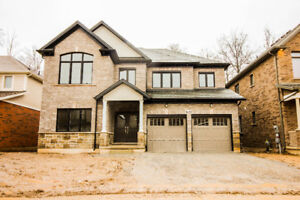 Detached House for rent in Thundering Waters Niagara Falls