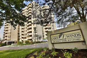 Location, Location, Location! Gorgeous Condo Downtown Burlington