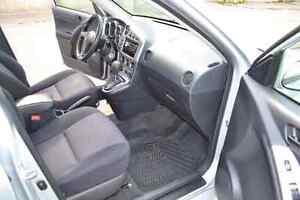 2006 AWD Pontiac Vibe Excellent condition!   Cambridge Kitchener Area image 9