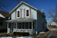1/2 rented duplex with great (long term) upper tenant