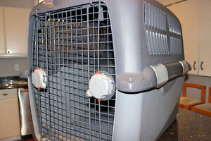 Hagen 400 Large Dog Crate (airline approved)