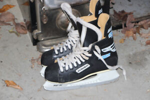 Bauer Charger boys' skates, size 7