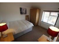 1 bedroom in St. John's Road - Room 3, Reading, RG4