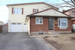 ATTRACTIVE HOME WITH 2 BDRMS, PRIVATE DECK, AND FENCED BACKYARD