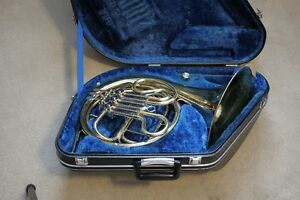 FRENCH HORN made in Japan by Yamaha YHR313