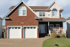 Furnished two bedrooms in Royal Hemlocks available on July 24th!