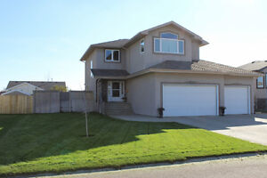 Dazzling Executive 2-Story Home in Northeast Weyburn!