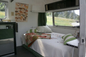 Airstream glamping on organic farm minutes from town (Nelson BC)