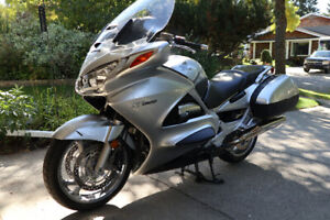 2007 Honda ST1300A...very, very low mileage. Many extras!