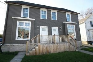 392-394 Barrie Street *Minutes to Queen's, Shopping & Downtown*