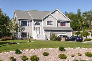 Gorgeous 4 bedroom house in Hubley