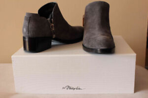 BRAND NEW PHILLIP LIM SUEDE ANKLE BOOTS SZ 6.5 STONE COLOUR