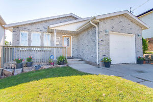 6 Bedroom Bungalow with an Amazing Lot Located in West Brant!