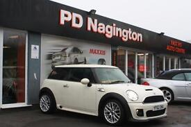 2013 MINI HATCHBACK