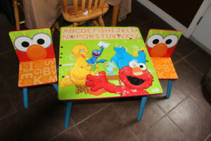 """Wooden """" Elmo"""" Table & Chairs"""