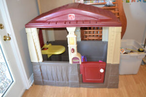 Playhouse Cozy Cottage