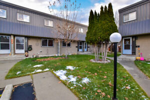 Beautiful three bedroom townhouse for rent in Cranbrook