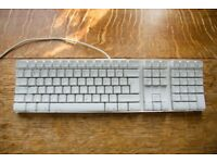 Apple A1048 USB Keyboard