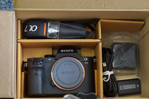 *LIKE NEW IN BOX* Sony A7ii Full Frame Camera with latest FW 3.3